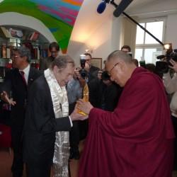Viliam Poltikovic - dalajlama