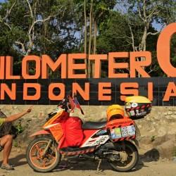 Jirka Hruška - male sundy - Nejzápadnější cíp Indonésie . Kilometr nula