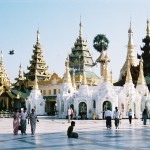 Sasa Ryvolova - zlaty trojuhelnik - Shwedagon_Paya