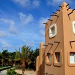 KAPVERDY - hotel-buildings-santa-maria-sal-island-cape-verde