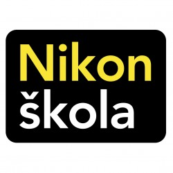 Nikon_skola_BrandMark_vyrez_ctverec