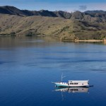 landscape-sea-nature-mountain-boat-lake-reflection-vehicle-bay-fjord-reservoir-body-of-water-boating-indonesia-islands-loch-komodo-813304