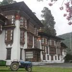 Kristýna Tronečková - bhutan - Kurjey lhakang v Bumthangu