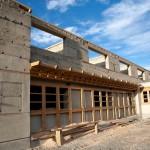 JIRI SAZEL - Stavba školy ve vesnici Mulbekh