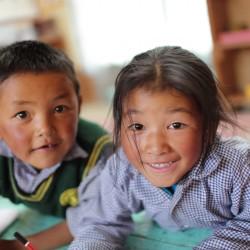 Jana Neboráková a Nela Boudova - Tibetské děti
