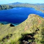 sea-coast-wilderness-mountain-lake-view-cliff-park-bay-island-reservoir-terrain-ridge-national-plateau-dragon-indonesia-fell-loch-crater-lake-ecosystem-cape-landform-komo