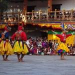Kristýna Tronečková - bhutan - Náboženský festival zvaný Tshechu se zpravidla koná na nádvoří chrámů