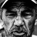 Portrét veterána povstaleckých bojů Kolumbie