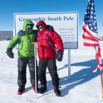 12 Geografický pól se vlivem pohybu ledovce posouvá každý rok o 10m, vzhledem k ceremoniálnímu pólu. Foto Martin Chvoj